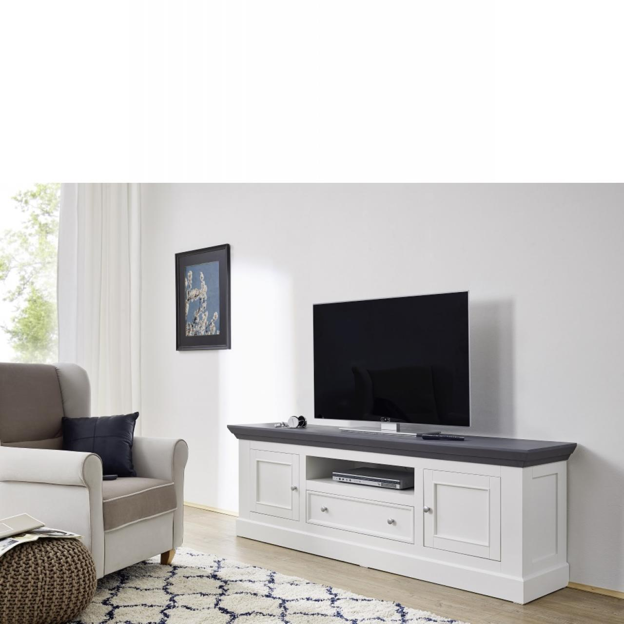 tv lowboard aus paulowniaholz landhausstil wei m bel. Black Bedroom Furniture Sets. Home Design Ideas